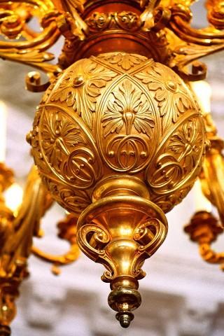 люстра в дворце бракосочетания