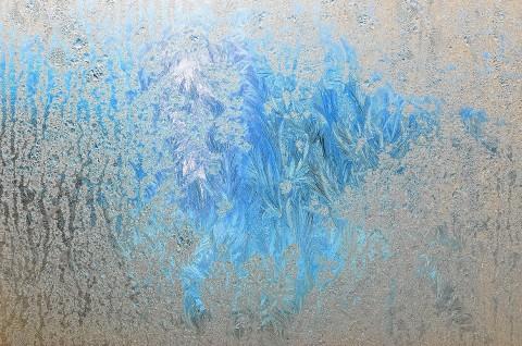 синева за льдом